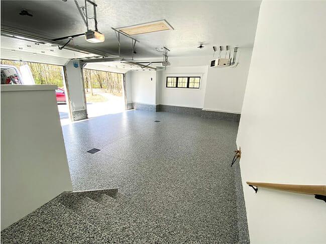Garage Polyaspartic Epoxy Flooring