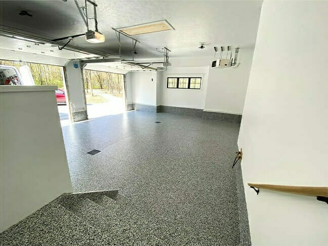 Floor for a garage installed by OGI